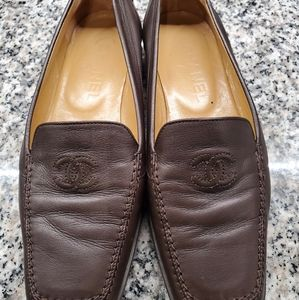 Chanel Loafer (Authentic)